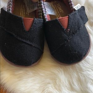 Toms Shoes - Baby shoe size 3 Toms